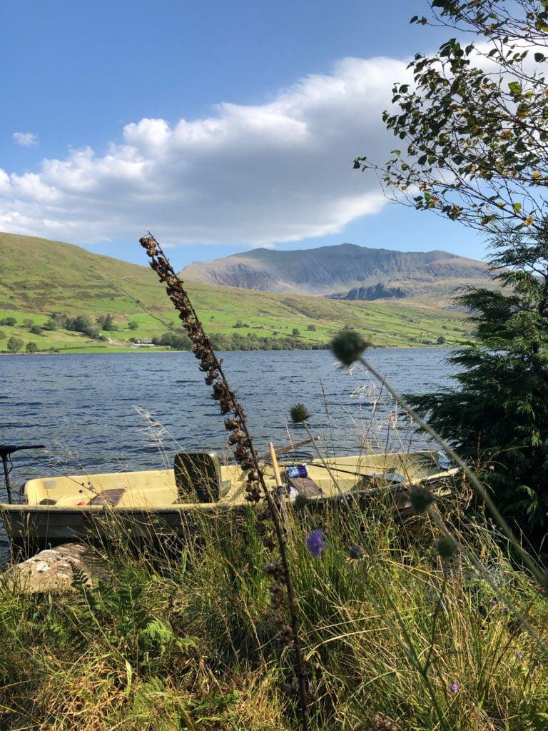 A fishing boat on Llyn Cwellyn