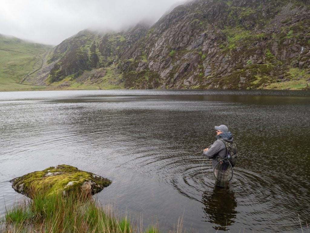 Llyn Llagi - below the cliffs