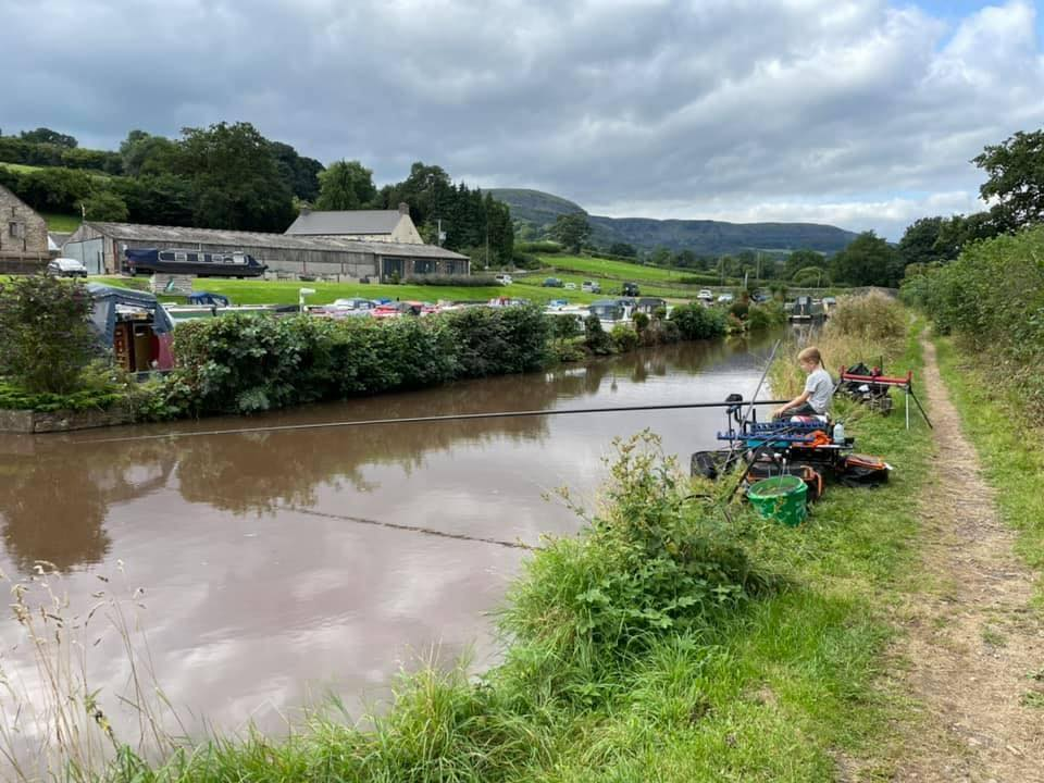 pontypool angling brecon canal