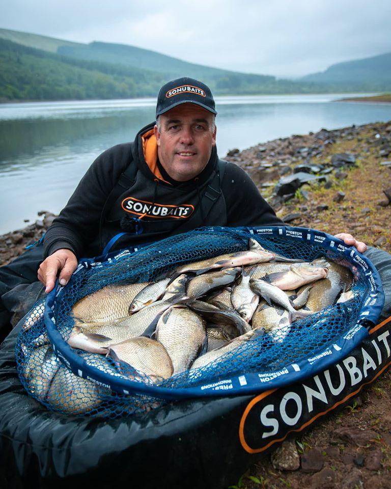 Des Shipp feeder fishing in Wales