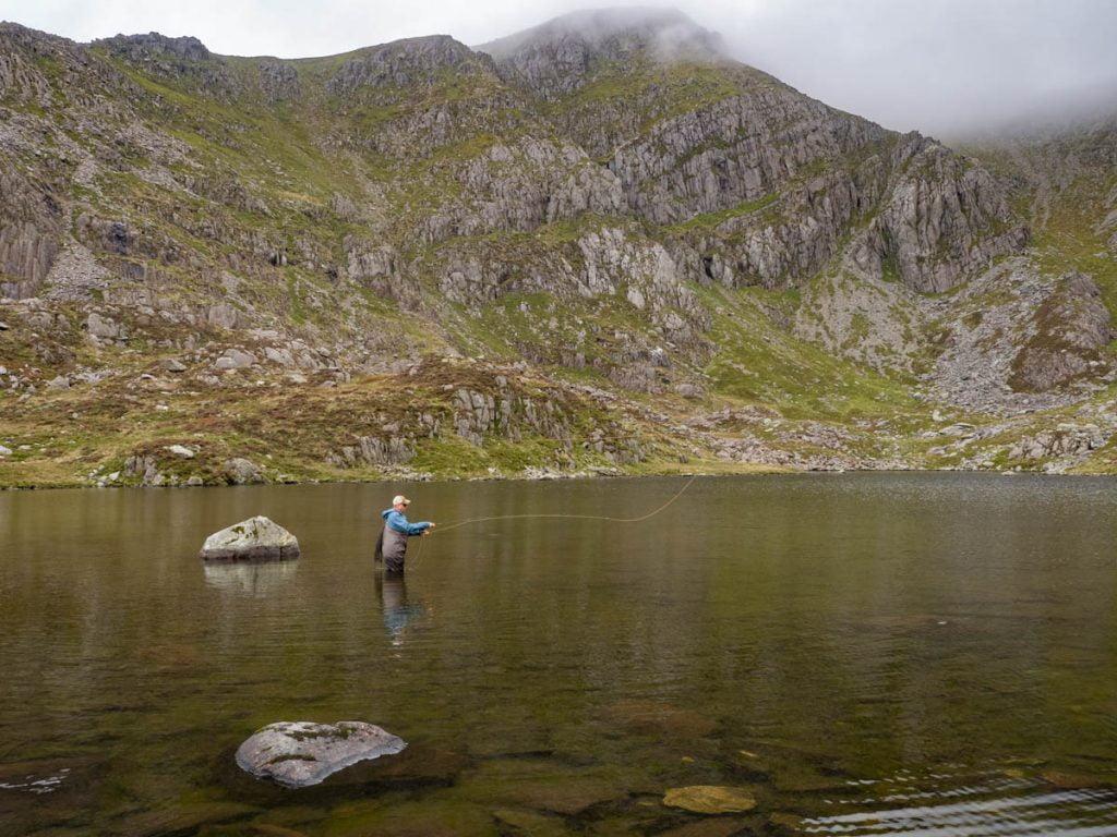 llyn ffynonnon lloer fishing